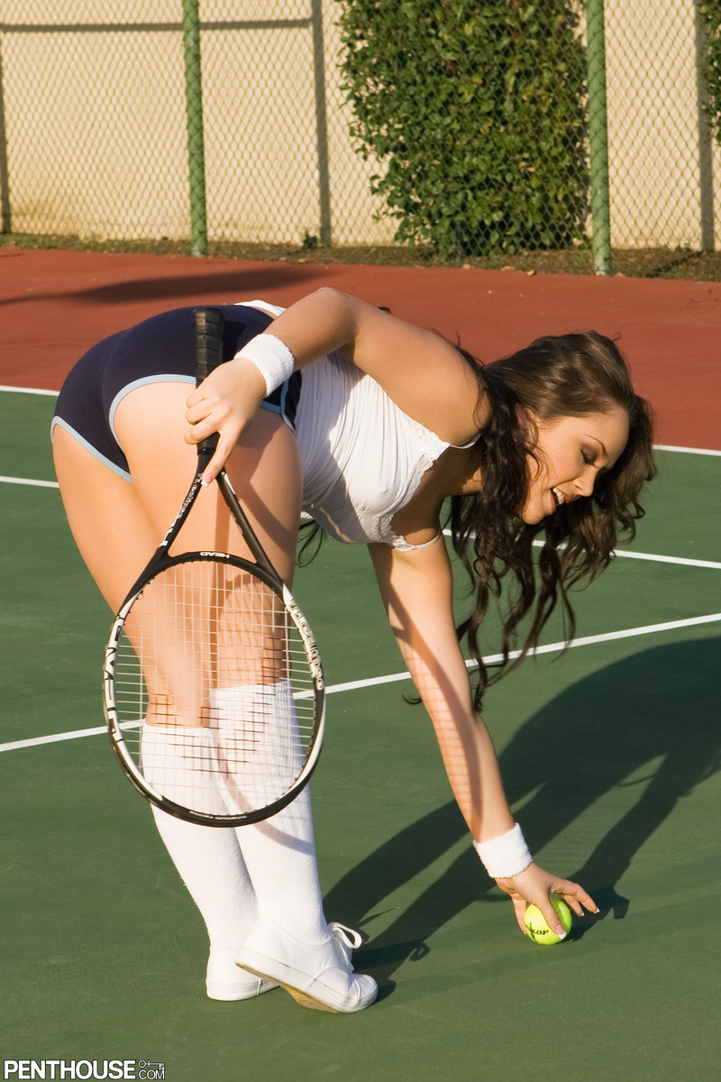 Онлайн эротика теннисистка
