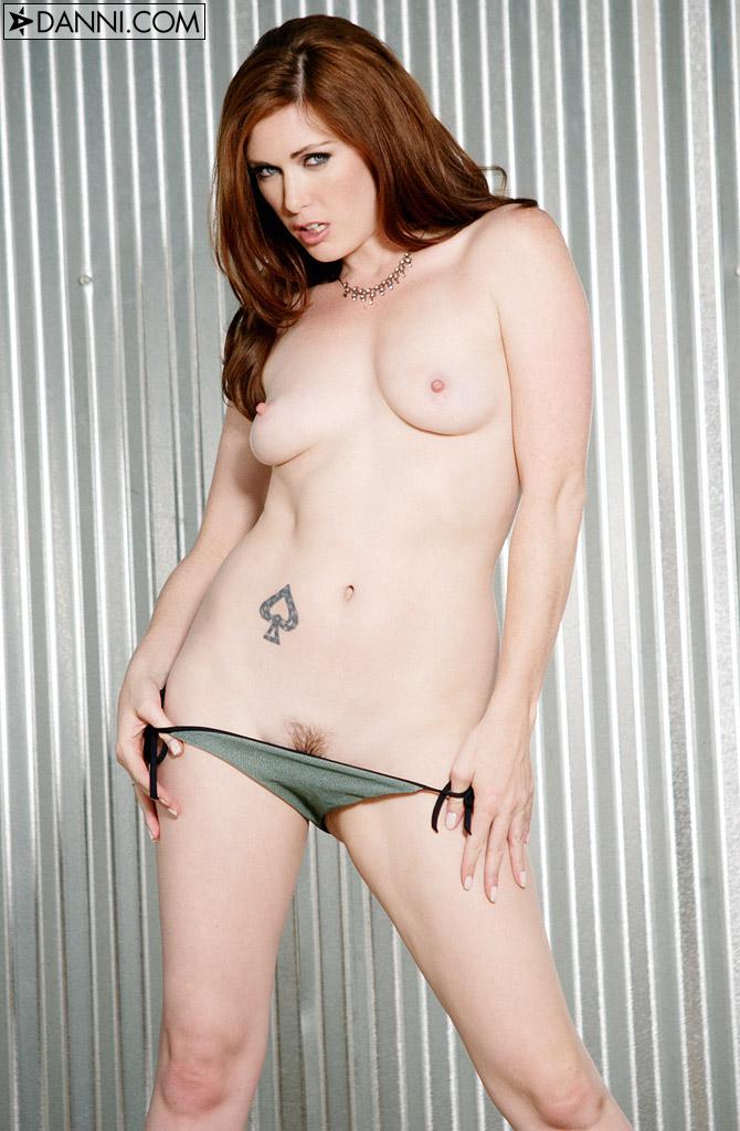 Sexy mix black mex girl fucks