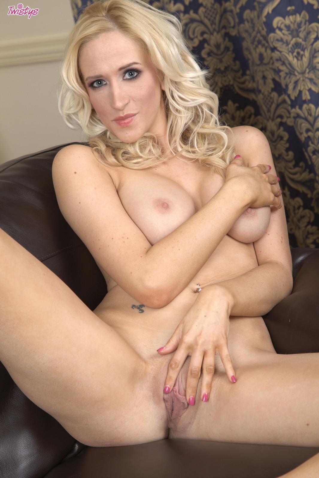 nude Samantha alexandra