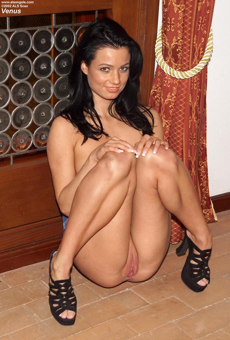 Італійське порно кіна 2 фотография