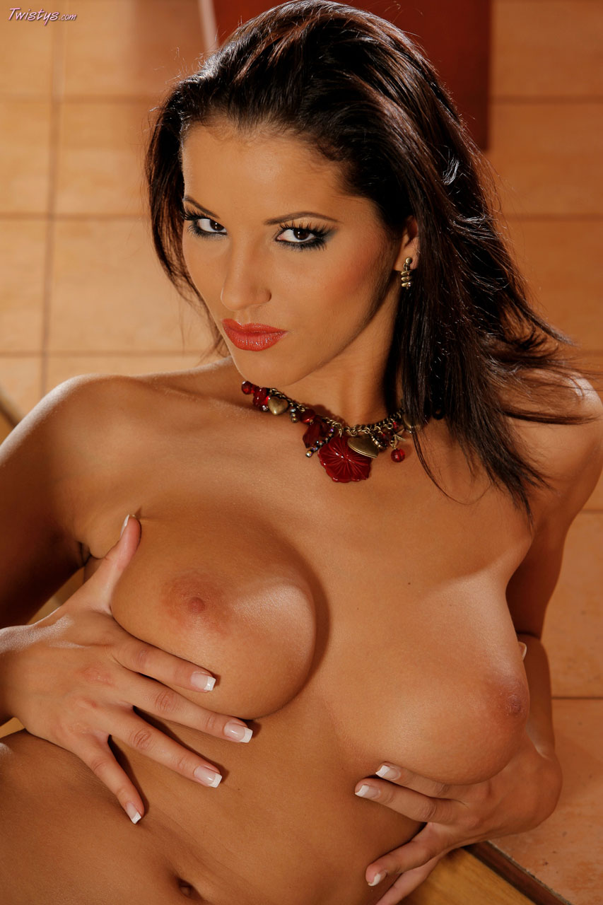 sexy naked rihanna sucking dicks