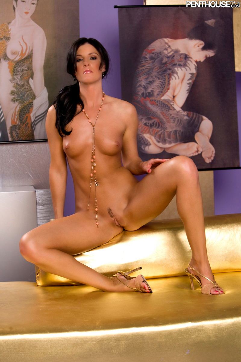 India summer topless