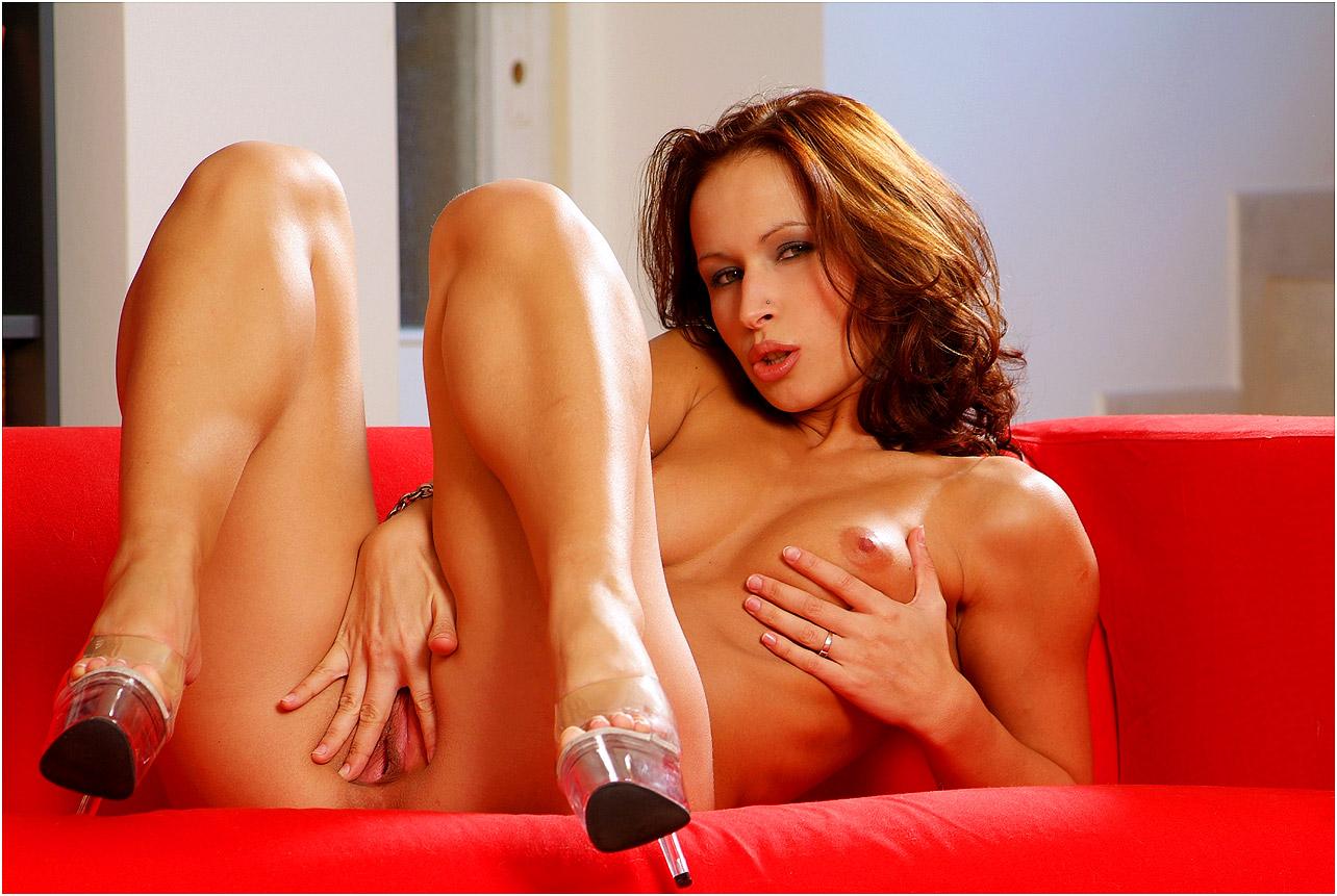 Mc nude susanna hot