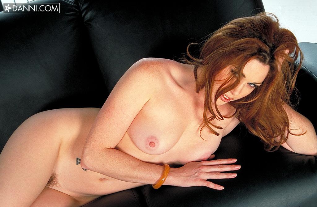 Aimee sweet bio, free photos and free photo