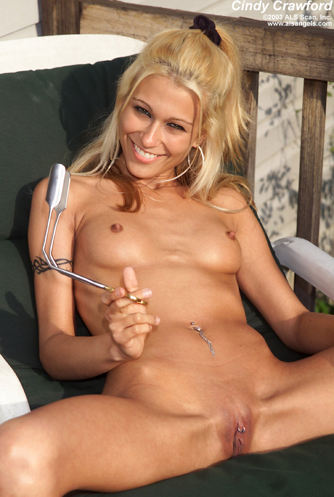 Chubby Amateur Wife Naked