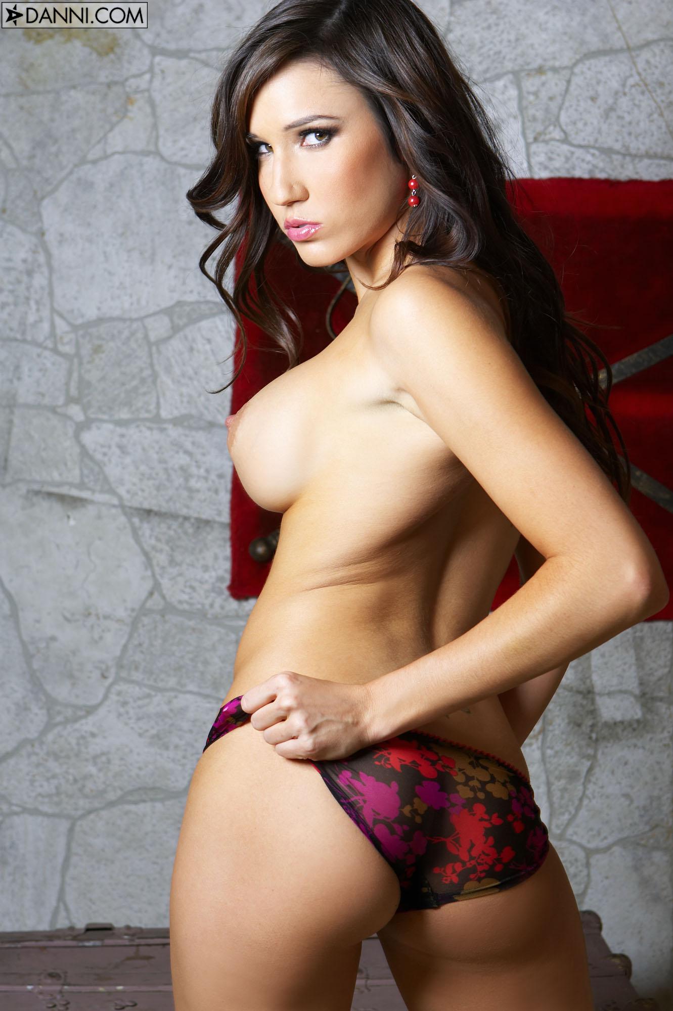 Erin Avery Gallery > Sexy Beauties