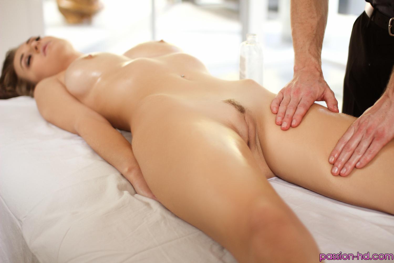 chuvstvenniy-massazh-i-seks
